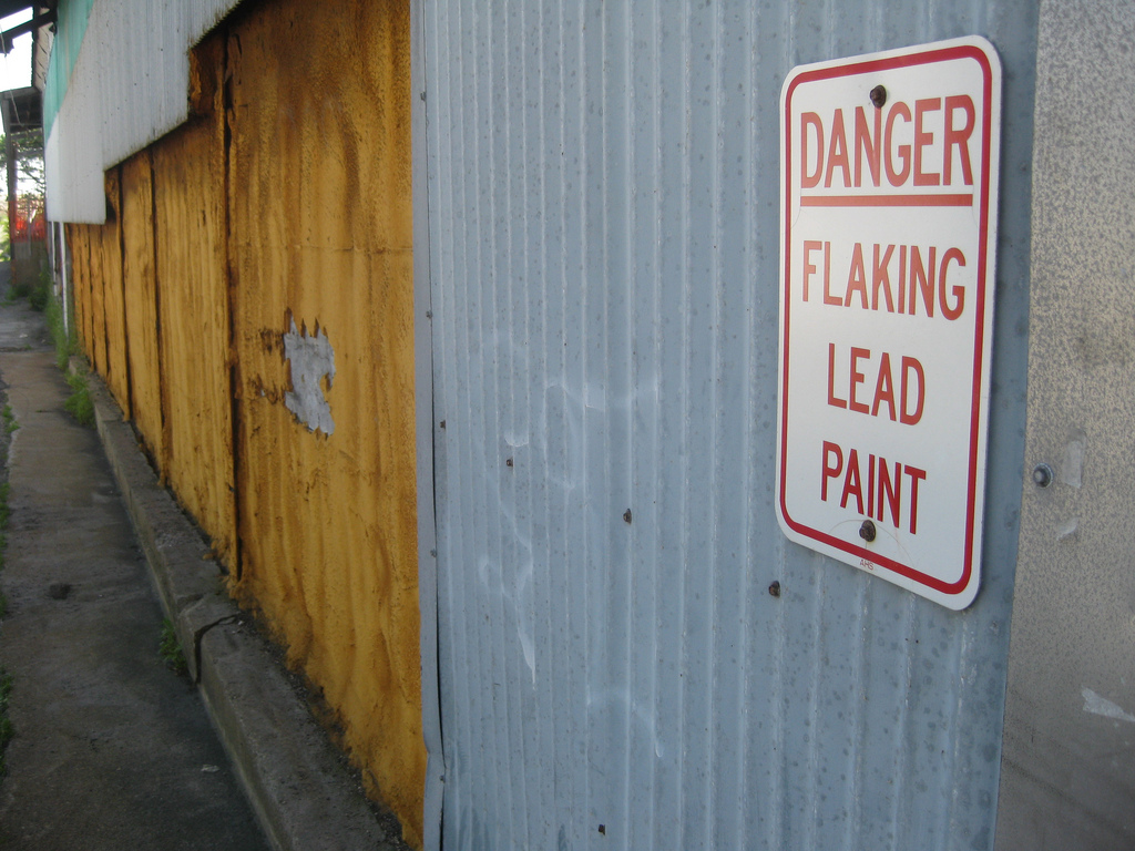 lead danger sign