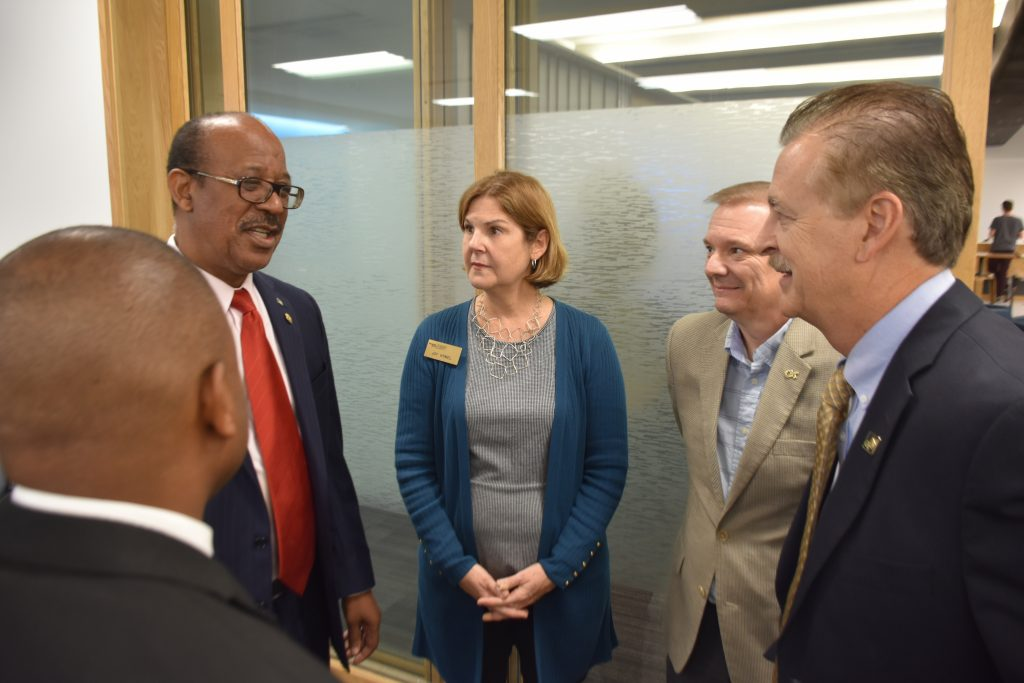 Sidney S. Collie (left), the Bahamas' ambassador to the United States, makes point about the country's Tech Hub efforts during a visit to the Georgia Tech campus, Thursday, Oct. 25. (Photo: Péralte C. Paul)