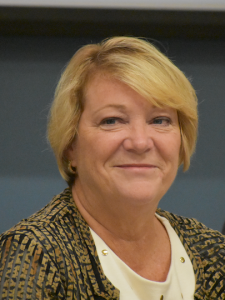 Lynne Henkiel hedshot